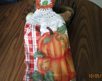 Fall Towel With Pumpkins