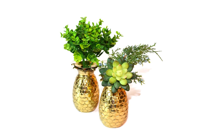 two pineapple vases brass pineapple vase pineapple set of 2. Black Bedroom Furniture Sets. Home Design Ideas