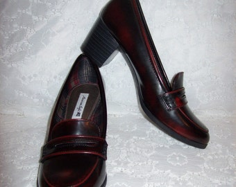 Vintage Ladies Oxblood Penny Loafer Pumps by American Eagle Size 7 Only 8 USD