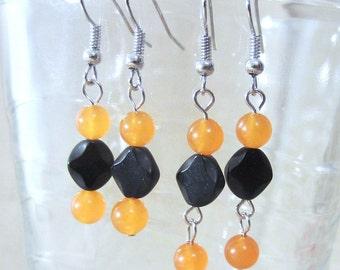 Orange Jade & Jet Black Glass Earrings, Glass Bead Earrings, Handmade Beaded Jewelry, Jade Earrings, Beaded Earrings, Halloween Earrings