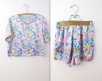 Satin Sleeping Shorts Set - Vintage 1980s Lingerie Pajama Short Set in Pastel Floral - Medium