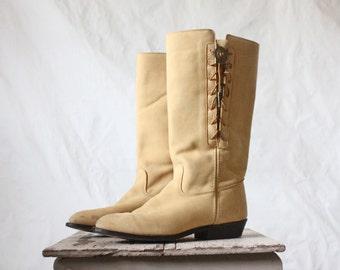 Vintage Capezio Buckskin Leather Concho Boots Sz 8.5/9