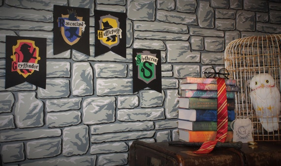 Harry potter partie d cor poudlard maison par for Decoration maison harry potter