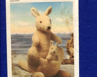 Vintage 1970's Style 2131 Mama Kanga & Baby Roo Stuffed Animals Sewing Pattern UNCUT