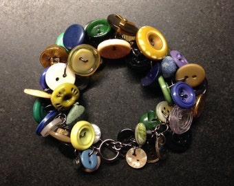 Vintage Button Bracelet - Priscilla