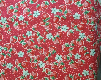 YUWA Atsuko Matsuyama 30's Collection - small strawberries with pin dots in red, retro fabric, floral fabric, Japanese fabric, fat quarter