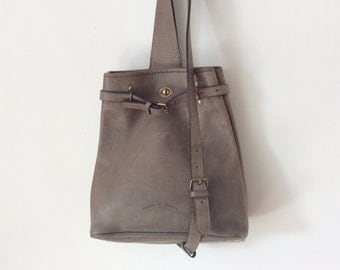Khaki Taupe Natural tanned saddle leather Charles et Charlus FRANCE bag, vintage