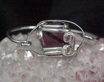 Sterling Silver Wire Wrapped Bracelet w/Clear Purple Cabochon c1970's