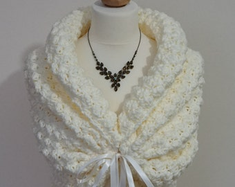 Romantic Wedding Bolero, Crochet Shrug, Ivory Bridal Bolero, Spring Wedding Wrap, Bridal Cape, White Shawl, Bridal Capelet, Knit Shawl