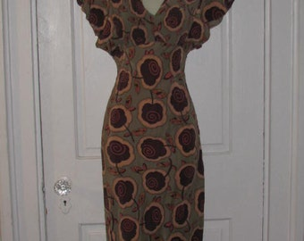 BETSEY JOHNSON // Vintage New York SILK Dress Pleated Foral Playful Flower Flounce Size 4 Swirl 90's Slip