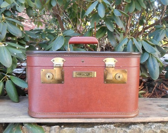 Vintage Train Case Suitcase Luggage J. C. Higgins Sears, Roebuck, and Co. Red Brown Exterior with Brown Trim