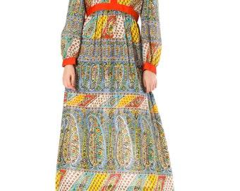 Vintage 1970s Paisley Print Long Sleeve Maxi Dress  Size: XS/S