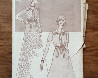 Woman's Weekly Special Pattern B600 size 18 bust 40 (102cm)  1970s dress