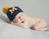 U of M Newborn Hat,University of Michigan Baby Hat,Baby Boy Hat, Baby Girl,Newborn Photo Prop, Baby Boy Knit Hat, Baby Girl Hat, U Of M Hat