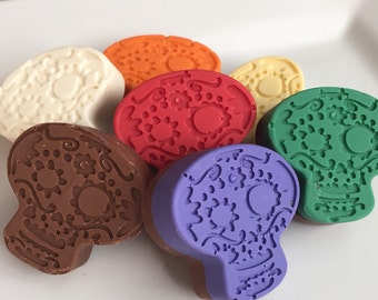 """12 Chocolate """"Day of the Dead"""" Sugar Skull Candy Party Favors Skulls Halloween Wedding"""