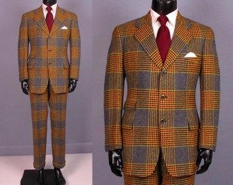 Vintage Suit -- Late 1960s Men's Plaid Wool Suit by Hart Schaffner Marx -- Trousers and Jacket -- Size 40/41