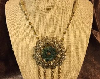 Vintage gold filagree pendant