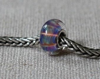 Silverglass bead