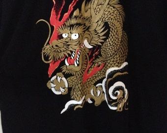 Vintage Japanese Tourist Souvenir Gold Dragon Black T-shirt XL Unisex