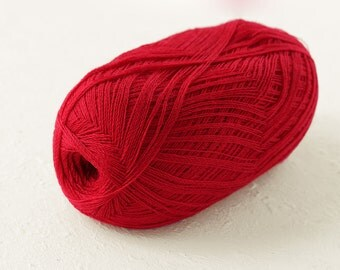 Cobweb  red color wool yarn - haapsalu shawl yarn