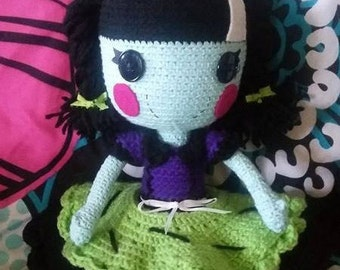 Scraps Stitched 'N' Sewn type doll