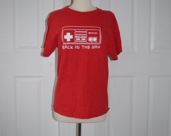 Throwback 'Nintendo' Red Tee - Women's Medium / Men's Small