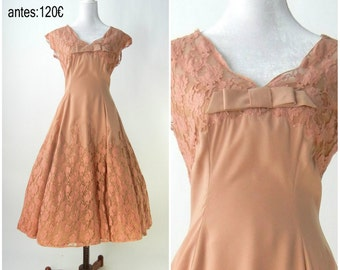 Vintage 1950  Lace Dress / 1950s Vintage Party Dress / Medium