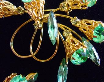 Green Rhinestone Gold Filigree Brooch & Earring Set, Gold Loops, Vintage