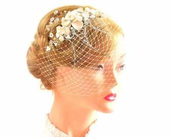 Ivory mini veil headband White birdcage veil headpiece Bridesmaid headpiece Hair comb First Communion Bridesmaid hair accessories