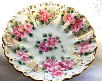 Vintage 1940s Bowl with Pink Roses, Ruffle, Scalloped Rim and Gold Accents