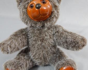 "Vintage Robert Raikes Wood Face Bear ""Jamie"" - Dated 1985"