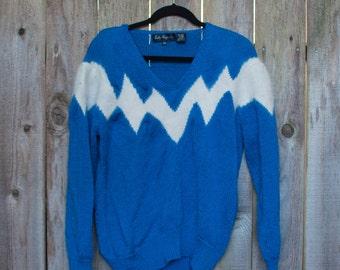 1980s Plus Size Vintage Blue and White Angora Zig Zag Sweater