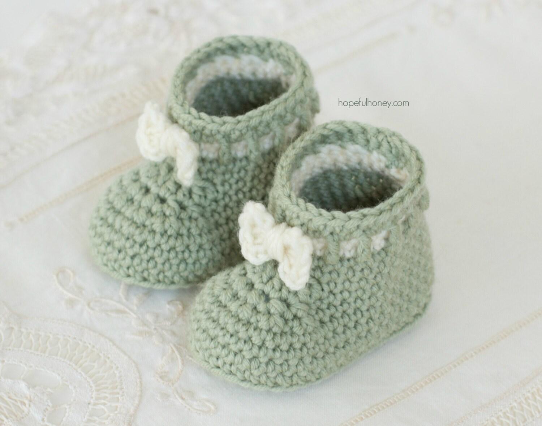 Crochet Pattern Mint Macaroon Baby Booties