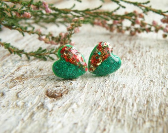 Red green Christmas earrings Glitter jewelry Sparkly earrings Polymer clay studs Glitter heart earrings Winter holiday jewelry Small earring