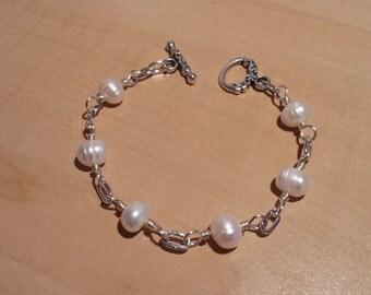 White Pearl silver bracelet