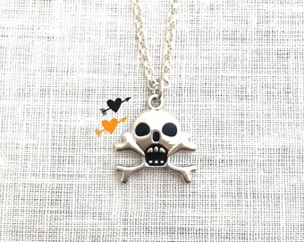 Silver Skull Necklace, Halloween Costume Jewelry, Creepy Cute, Day of the Dead, Skeleton, A0104
