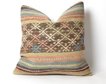 boho pillow, decorative pillow, throw pillow, bohemian pillow, pillow cover, boho decor, decorative pillows, throw pillows, kilim pillow