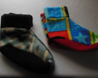 2 Pairs Fleece Slippers Child's Shoe Size 6-8