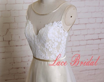 Ivory Lace Overlay Bodice Wedding Dress Illusion Neck Bridal Gown A-line Tulle Skirt Wedding Dress with Champagne Lining