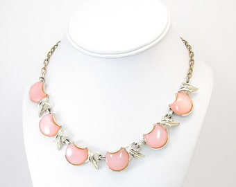 Vintage Pink Thermoset Necklace, Thermoplastic, Gold Tone