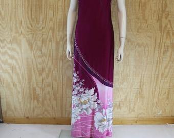 Vintage 1970's MALIHINI Hawaii Hawaiian Wine / Pink / Gray Floral Border Print Tiki Party Sleeveless Maxi Dress S Small