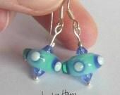 UFO Earrings! Fun lampwor...
