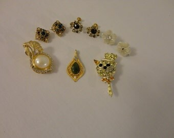 SALE 9 Piece Vintage Rhinestone Jewelry Lot For Crafts Repair Repurpose Harvest