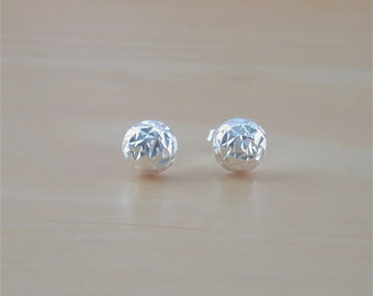 925 Silver Dome Stud Earrings/Sterling Silver Faceted Earrings/Spiral Jewelery/Dome Earrings/Diamond Cut Earrings/925 Silver Dome Earrings