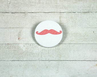 Mustache - badge 3,8 cm // in black, red or green