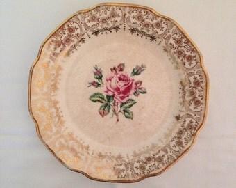 Small Briar Rose Plate