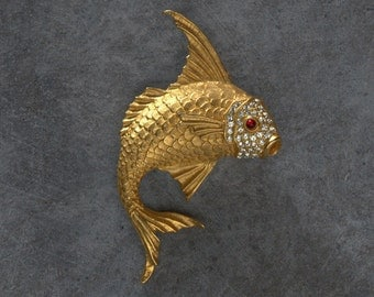 Goldfish Koi Pin with Rhinestone Face and Red Eye Vintage Figural