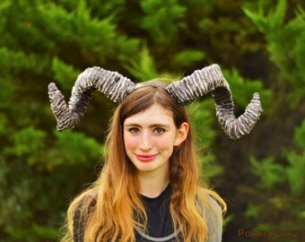 Large Swirly Spiral Pan Horns! Pan's Labyrinth Satyr Faun Ram Goat Fawn Sheep Curly Antlers Animal Costume Cosplay Custom Colour Customize