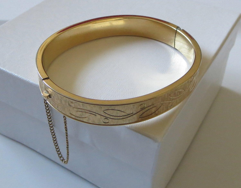 reserved for carol vintage krementz bracelet 14kt gold