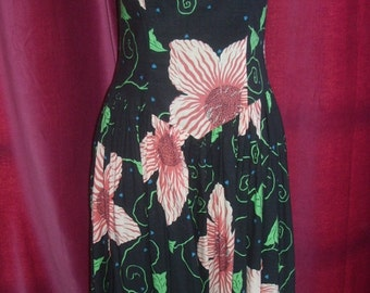 Vintage 1980's Floral Summer Dress, Cotton Awesome Print -Janet Russo